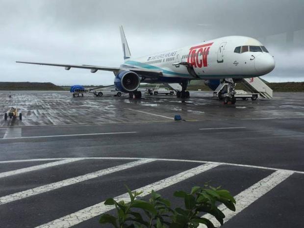 Le Boeing 757 de TACV, cloué au sol depuis plusieurs semaines en raison d'une panne moteur © TACV Facebook