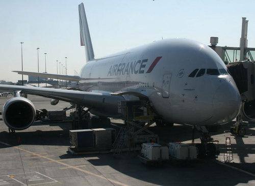 Atterrissage d'urgence d'un A380 après une avarie moteur — Air France
