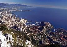 Un complexe hôtelier quasi-historique pour la SBM et aussi pour la Principauté gouvernée par Albert II de Monaco dont le règne débute ainsi par l'inauguration d'un outil touristique qui fera bien des envieux.