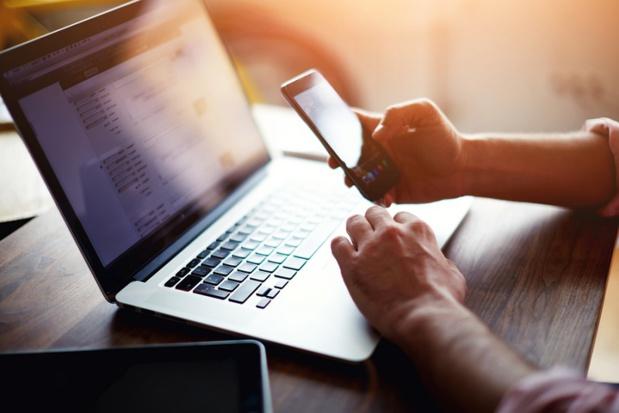 les plateformes collaboratives et comparateurs devront donner plus de précisions sur leurs critères de choix et classements - photo libre de droit