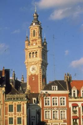 En 1997, la Chambre Régionale de Commerce et d'Industrie du Nord-Pas-Calais a mis en place, avec l'aide de Protourisme, une ''Démarche Qualité'' annuelle pour améliorer les prestations des hôtels, restaurants et campings de la région.