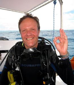 Ziad Elzein, président de l'association TOP Plongée et directeur de Key  Largo vivant sa passion à Palau et Yap, quelque part entre les Philippines et  Hawai.