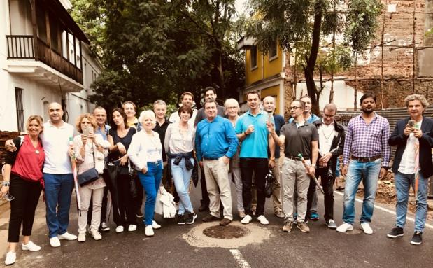 Le groupe au grand complet dans les rues pittoresques de Pondichéry /photo JDL
