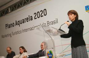 Jeanine Pires, Présidente d'Embratur, à l'occasion du lancement du Plano Aquarela 2020 à Rio de Janeiro