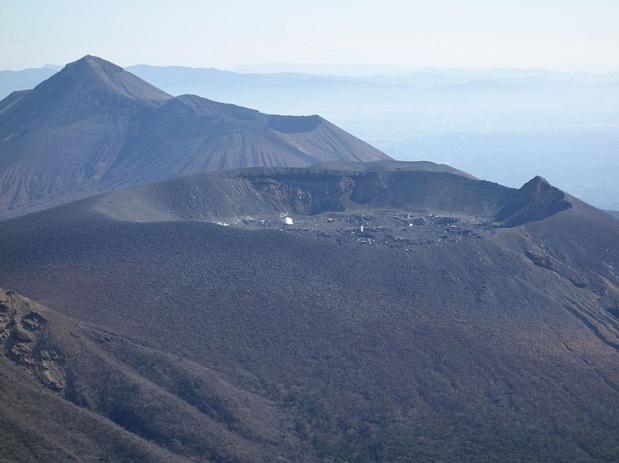 Le volcan Shinmoedake est toujours en activité depuis le 11 octobre 2017 - photo wikicommons