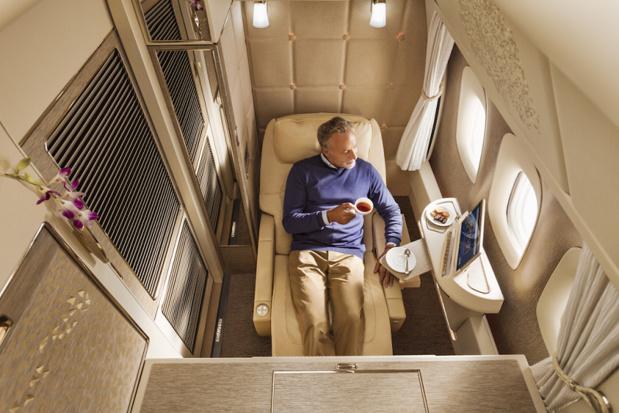 Les sièges s'inclinent à 180° pour se transformer en lit et peuvent être placés dans une position « gravité zéro » inspirée de la NASA explique Emirates dans un communiqué de presse - Photo DR Emirates