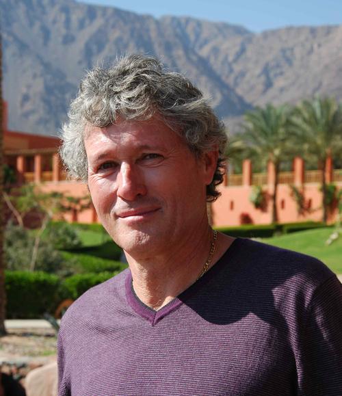Claude Chesnais, Manager du pôle développement