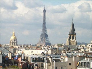 Le Holiday Inn Paris-Notre Dame dispose d'une terrasse panoramique