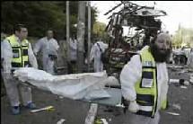 Un Kamikaze s'est fait exploser dimanche matin à la station centrale d'autobus à Beersheva dans le sud d'Israël.