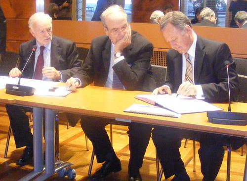 La signature de cette convention a lieu en présence de D. Charpentier, DG du CRT Riviera Côte d'Azur,  d'A.Gumiel, Pdt du CRT Riviera Côte d'Azur et R. Salles, Député des Alpes-Maritimes