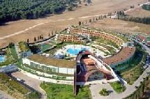 le complexe regroupe quatre propriétés et devient ainsi le plus grand Hilton d'Europe Continentale