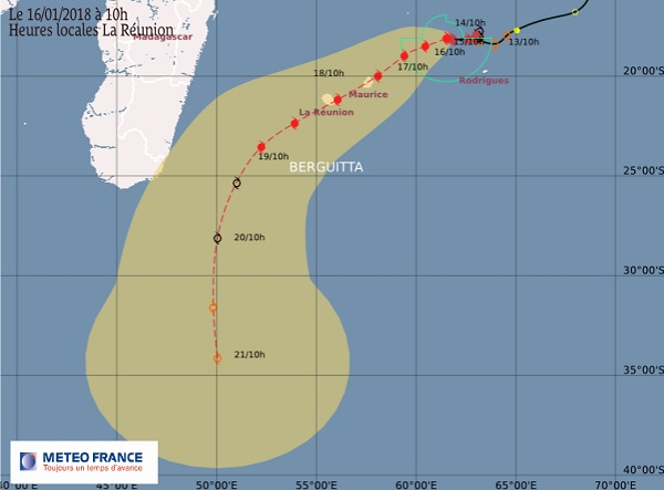 La route du cyclone dans les prochains jours - Crédit photo : Météo France