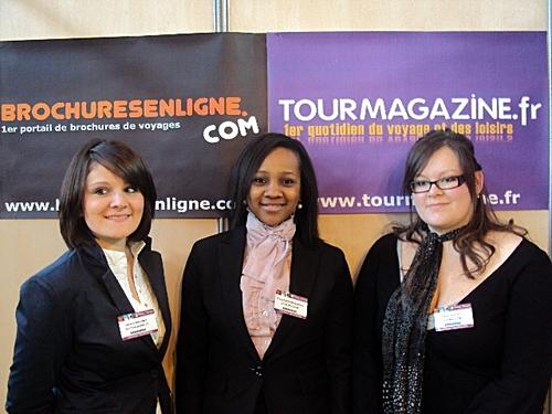 (de gche à dte) Margaux Bréchet, Prisca Andriamaharo et Fanny Crouzet, toutes 3 étudiantes en 1ère année de Bts Animations Gestion Touristiques et Locales à l'Ecole Wesfotd à Lyon