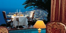 Le restaurant du Vista Palace Hôtel à Monaco.