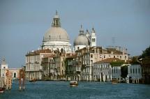L'Italie est passée en quelques dizaines d'années du premier au cinquième rang des destinations touristiques dans le monde.