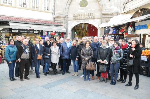Photo de groupe lors de la convention Salaün à Istanbul - DR