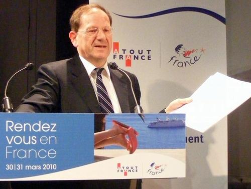 Hervé Novelli : « Il devient nécessaire d'innover et de rénover notre offre ! »