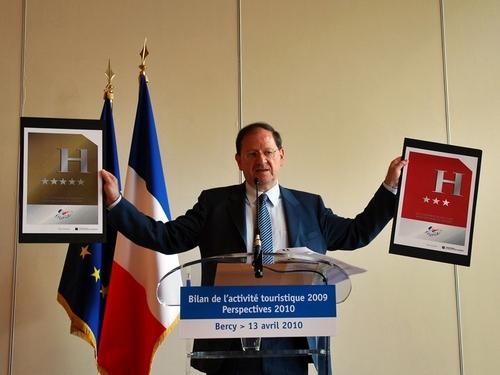 Tourisme France : Hervé Novelli est très satisfait… des mauvais chiffres !