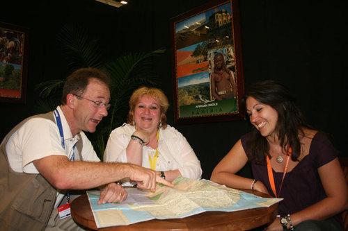 Henri Ménard, fondateur d'African Eagle en compagnie d'Agathe Roussey et Sophie Aubriet (STI)