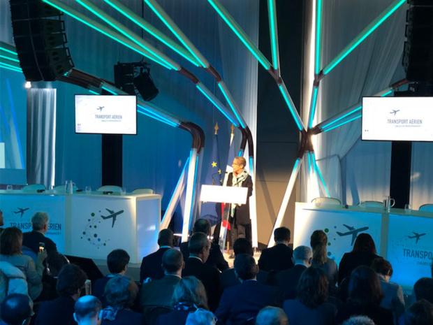"""""""Objectif : Performance !"""" pour le pavillon aérien français, a rappelé Elisabeth Borne, mardi 20 mars en ouvrant les Assises du transport aérien © DR Twitter Elisabeth Borne"""