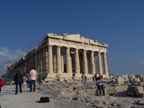 Manifestations en Grèce : « arrêtons de dramatiser la situation »