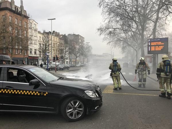 Les tensions sont vives du côté des taxis de Bruxelles - Crédit photo : compte Twitter @S_Courier