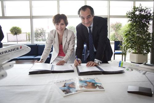 Anne Yannic, Directrice Générale des Marchés France, Belgique et Suisse du Club Méditerranée et Lionel Guérin, Président Directeur Général de Transavia France