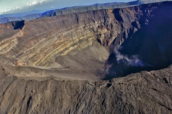 Réunion, le Piton de la Fournaise est en éruption ce mardi 3 avril 2018 - Crédit photo : Pixabay