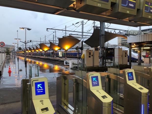 Que faire si le passager a un train annulé et manque une correspondance aérienne ? Légalement parlant, chaque contrat de transport étant séparé, il n'y aura pas de compensation de l'un vers l'autre - Photo JDL