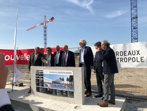 Pose de la première du nouveau hall d'expositions et de congrès de Bordeaux - Photo DR