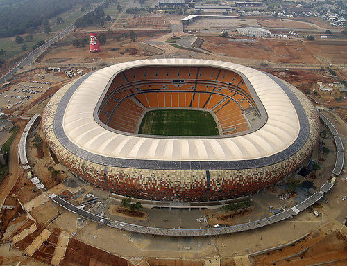 Afrique du Sud : le coup d'envoi du Mondial mobilise tout le pays