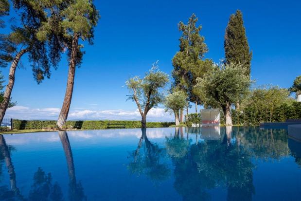 Ikos Dassia : piscine d'une villa privée - DR Ikos Resorts