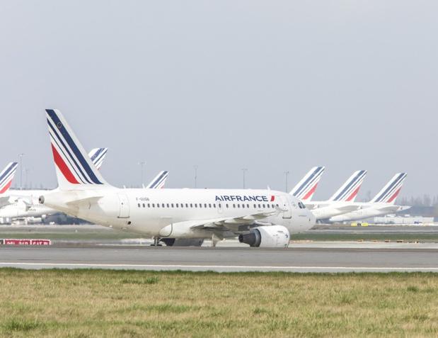 Grève Air France :  je remarque que Président Macron, très attaché à la réforme de la SNCF, ne semble pas pressé de s'intéresser à ce conflit qui dure depuis des années et qui plombe une grande partie de l'économie française. - Photo LEROUX Christophe AF