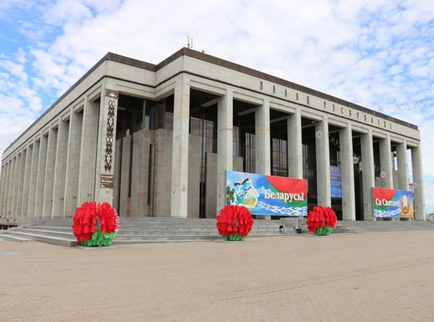 Son Histoire est unique : successivement lituanien, lituano-polonais et russe, marqué par les guerres et le stalinisme, le pays reste empreint d'une forme de ruralité disparue chez nous depuis plusieurs décennies - DR : J.-F.R.