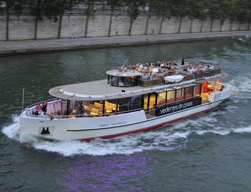 Vedettes de Paris : vendre des packages « parisiens » dans les agences