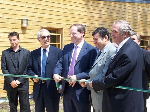 de droite à gauche, Georges Colson, Jean Yves Montus (maire de Soustons), Hervé Novelli, Henri Emmanuelli et Thierry Colson le directeur du Framissima.