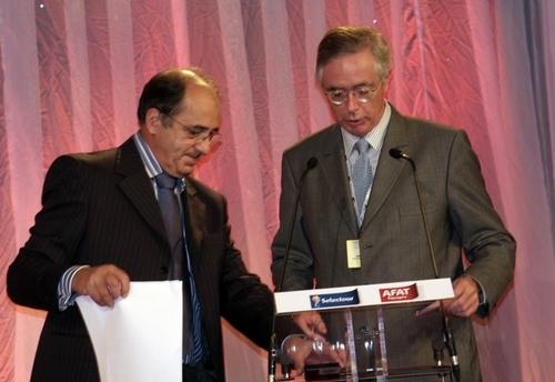 Jaime-Axel Ruiz, directeur de Office Espagnol du Tourisme (dte) et Jean-Pierre Mas, co-président, lors du congrès unifié d'AS Voyages qui s'est déroulé à Séville en novembre 2009.