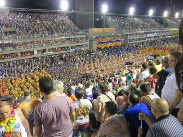 Les manifestations populaires liées à la musique et la danse sont porteuses de tourisme, notamment les carnavals, comme ceux des Caraïbes et les brésiliens, qui constituent des locomotives au niveau international tout en restant des rendez-vous festifs préparés et organisés par les autochtones. Ici, le carnaval de Rio - DR : JDL