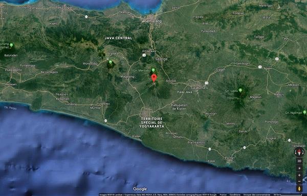 """Indonésie : """"situation normale"""" selon le gouvernement après l'éruption du mont Merapi"""