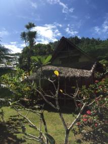 """Située sur la méconnue île de Huahine, la pension de famille """"Tupuna"""" propose 4 bungalows au bord du lagon pour environ 200 euros la nuit, un tarif raisonnable pour la Polynésie française © PG TM"""