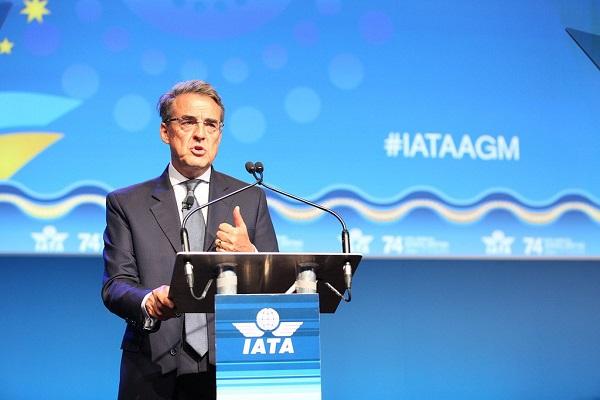 Alexandre de Juniac place les gouvernements en face de leurs responsabilités, et dénonce les taxes - Crédit photo : IATA