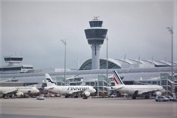 Le rapport du Sénat n'est pas tendre sur l'état du contrôle aérien en France, entre une productivité jugée trop faible et des grèves trop nombreuses - Crédit photo : Pixabay, libre pour usage commercial