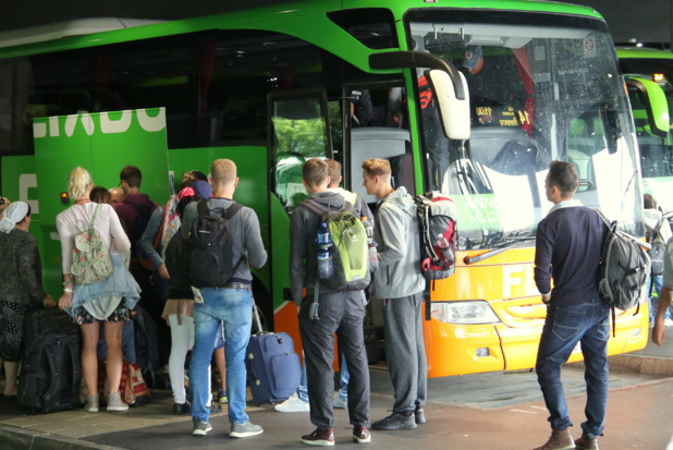 Pour pallier la hausse d'activité, les cars Macron ont procédé à des recrutements pendant la grève SNCF - DR : Flixbus