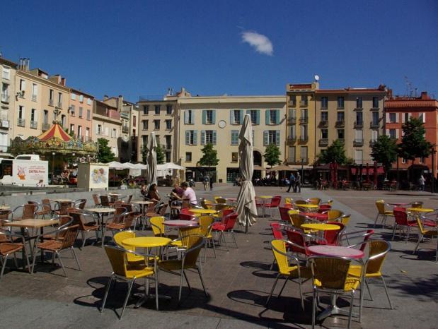 Son statut de ville carrefour, synonyme de passage et d'ancrage, dont celle de la communauté gitane, font de Perpignan une ville à forte personnalité - DR : J.-F.R.