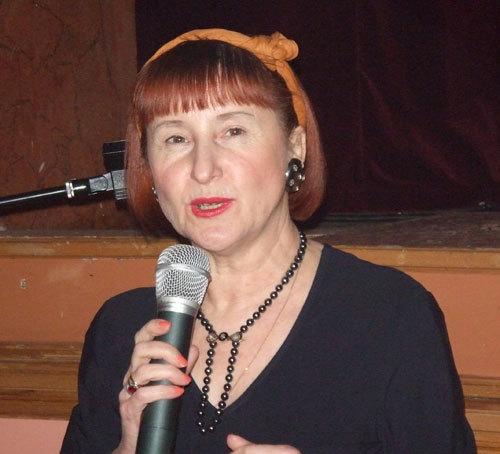 Véra Obolensky travaille dans le tourisme à destination des pays de l'Est depuis plus de 20 ans avec toujours Saint-Petersbourg dans le haut de sa carte de visite.