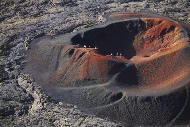 Planté au sud-est de l'île, le Piton de la Fournaise est l'un des volcans les plus actifs de l'Océan Indien - DR : Emmanuel Virin - IRT