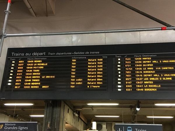 Trafic interrompu et nombreux retards à Montparnasse - Crédit photo : compte Twitter @UP_Rennes