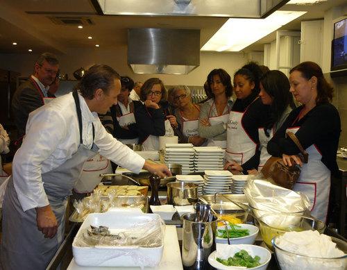 Les invités de Soléa experts en destinations Solea et attentifs en cuisine...