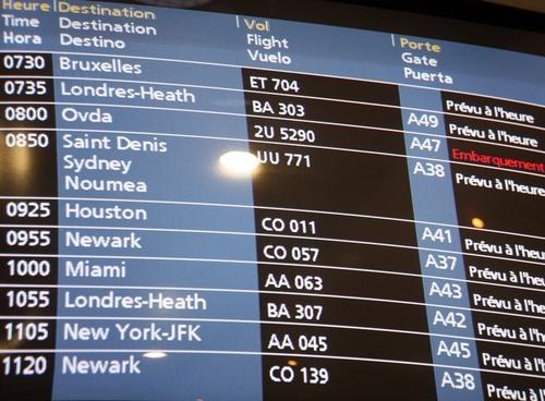 Pour l'instant, les services transports des tour-opérateurs n'ont pas eu de cas graves de blocage des avions...
