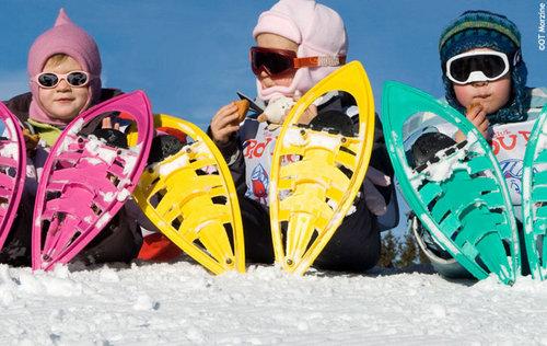 Chez Touristra Vacances, les randonnées en raquette font fureur, chez les petits comme chez les grands !